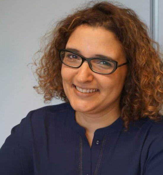 Zohra Lakrout, expert comptable Amarris Contact Paris
